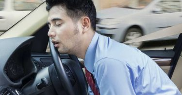 Why Sleeping In Your Car Can Be Good or Bad