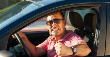Driving More Safely by Using Hand Signals